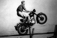 steve-mcqueen-triumph-bonneville-t100-steve-mcqueen-motorcycle.jpg
