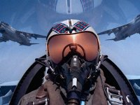 zz F18-Hornet-Fighter-Pilot-1-6TO60JWFVF-1024x768.jpg